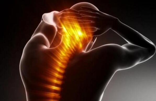 这八大信号提醒你的颈椎病快要到来